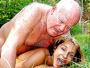 Horny Latina Nubile Gets her Cock-squeezing Beaver Fucked By an Old Fart Outdoors