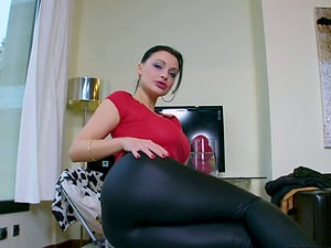 Lustful Aletta Ocean gives skillful suck off and gets facialed