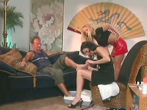 Foot worship Activity with Buxomy Dark-haired Alex Foxe Providing Footjob