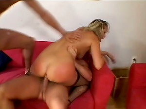 Sexy Blonde Cougar Mandy Bright Loves In Wild Group Bang