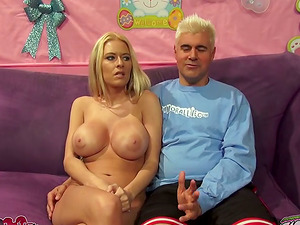 Smoking hot blondie with enormous melons will love it big