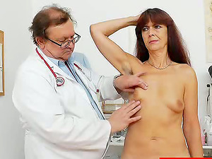 Mature Fledgling Gets a Kinky Check-up From a Very Horny Medic