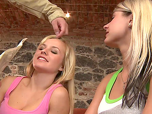 Bella and Candy Paramour share a wang in FFM threesome