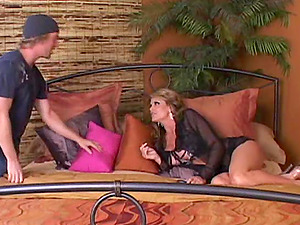 Gorgeous Cougar With Big Tits Liking A Gonzo FFM Threesome In Her Bedroom