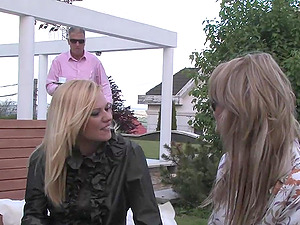 Sexy blondes have hot girly-girl romp outdoors