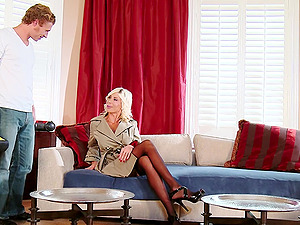 Spicy Cougar In High High-heeled shoes Liking Her Anal invasion Being Smashed