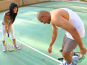 Sadie West bj's a big black hard-on on the tennis court