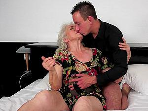 A BBW granny cums as a junior dude drills her antique, hairy twat