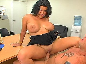 Nasty Angelina opens her gams broad and loves this fuck