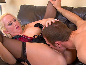 Faux tit blonde miss yells as she takes a big penis in her anal invasion in a close up shoot