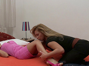 Long legged blonde lezzy with big tits getting her beaver ate