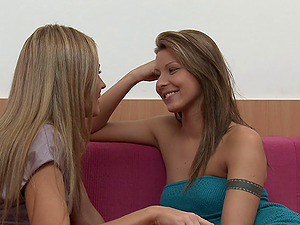 Sexy sapphic with lengthy dark hair getting her labia fingerblasted