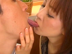 Experienced Japanese mature sucking and collecting jizm in her palms