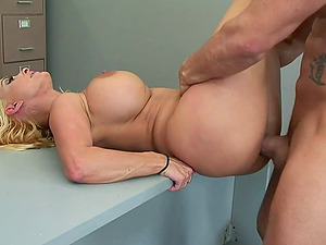 Bitchy bleach blonde cougar Holly Halston fucked on a desk
