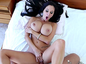 Ava has big tits that always bounce while she rails the stiff dick