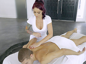 Cougar rubdown honey Monique Alexander fucked by her customer