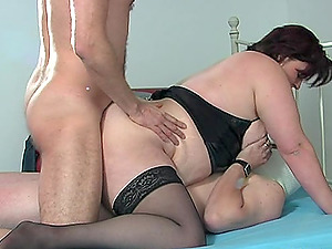 Fat mature bitch gets screwed truly hard in a MMF threesome