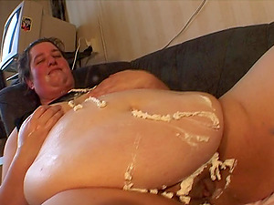 Obese black-haired Fannie adores being nasty with her assets