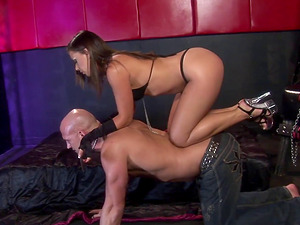 Penny Flame knows how to make her sub's manstick stiff