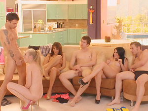 Group lovemaking game with Avril Hall, Ashli Ames and Bella Luciano