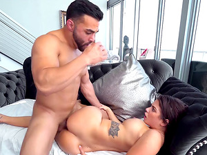 Good-looking man plows sexy dark-haired Keisha Grey up her booty