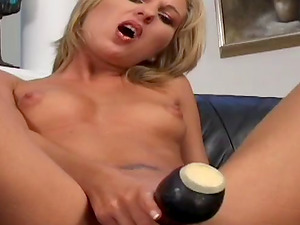 Two studs cover Linda Lake's face with jizz after a hot blowbang