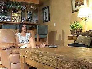 Brunette friends Jayden Foxx and Ann Marie Rios enjoy a shag