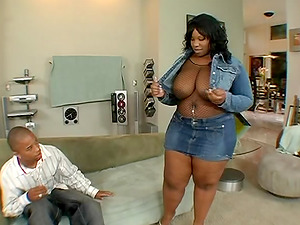 Plump chick Crystal Clear enjoying the throbbing dong of J. Strokes