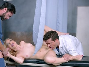 Dobule penetration session is all Ashley Fires craves