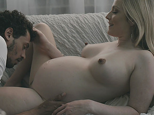 Romantic fuck with pregnant blonde beauty Karla Kush