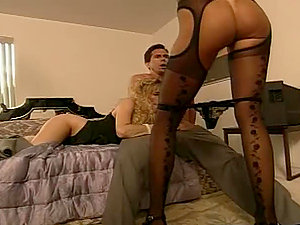 Peter North drives Anna Malle and Tiffany Mynx crazy with his man rod