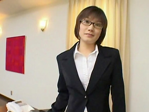 Asian business woman is ready to put a boner in her wet throat