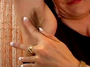 Hairy armpits and pussy is what I love to see, and you?