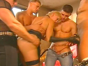 Group sex Domination & submission & Crossdressing.