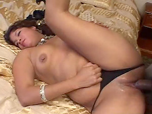 Sexy and lovely Indian honey is not that virginal as she looks