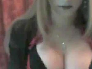 Webcam Brazil bitch shows her massive jugs for the camera