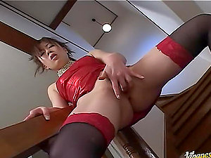 Sexy Japanese honey loves the fucktoy injection