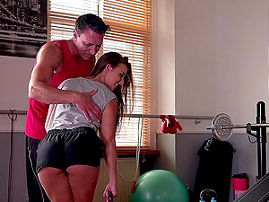 Personal trainer eats out Amirah Adara and gets a hot blowjob