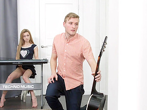 Sonia Sweet interupts music class for a hot fuck on the floor