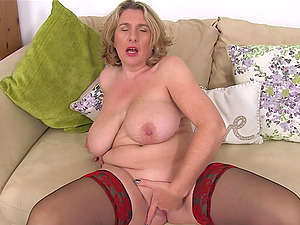 Camilla Plays With Huge Tits And Wet Cunt
