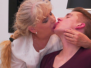 Mature BBW blonde Elize K. seduces and fucks a younger guy