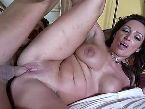 Voluptuous mature brunette with big boobs, Vann