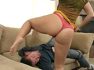 Buxomy Tart Devon Lee Gives an Assfuck Wake Up Call to a Big Dick