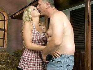 Blonde Harlot Likes Mature Dick