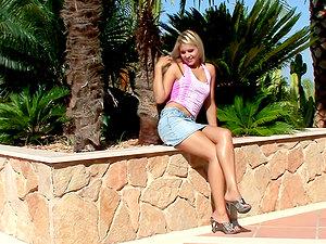 Divine and sexy blondie Rikki is so fucking nasty