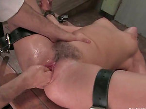 Sindee Jennings gets chained and loves ardent going knuckle deep