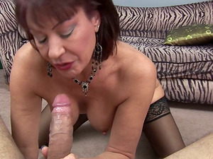 Mature black-haired Vanessa Videl gives a hot blowage to some fellow