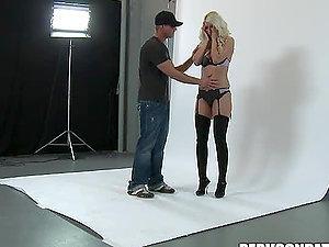 Jazy Berlin Does a Hot Photo Shoot