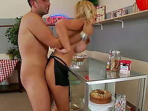 Sample My Cake With Your Spunk Says Brooklyn Bailey!