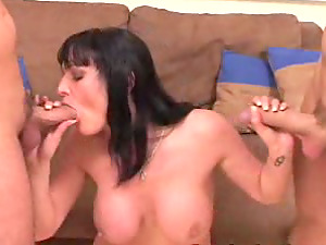 Donna gives a oral job while leaping on a penis in MMF fucky-fucky vid